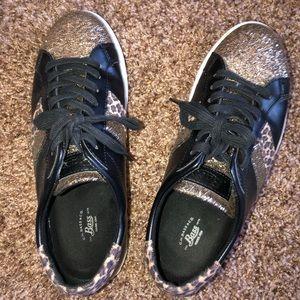 Women's Bass tie shoes size 9 black/gold/leopard
